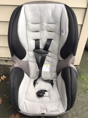 Infant car seat 5-65 pounds for Sale in Beaverton, OR