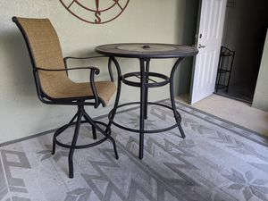 Lowes outside high table for Sale in Rockledge, FL