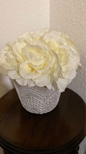 Fake flower pot for Sale in Garland, TX