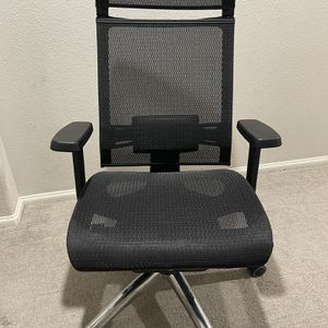 Bilkoh Ergonomic High Back Office Gaming Chair for Sale in North Las Vegas, NV