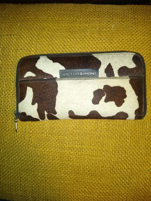 VICTORSIMONI HANDMADE COWHIDE WALLET for Sale in Victoria, TX