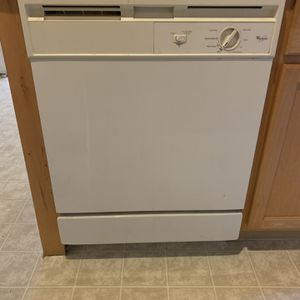 Dishwasher for Sale in Middleburg, FL