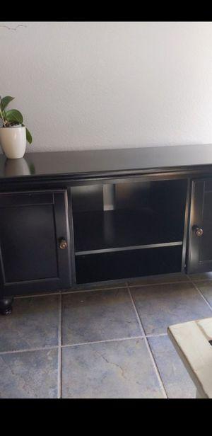 Dark walnut tv console for Sale in Chula Vista, CA
