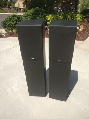 Polk Audio R300 Black Two-Way Floor-Standing Loudspeaker for Sale in San Diego, CA