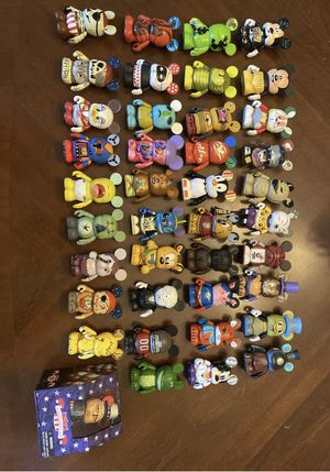 WDW Vinylmations Lot 40 total Vinylmations for Sale in Wesley Chapel, FL