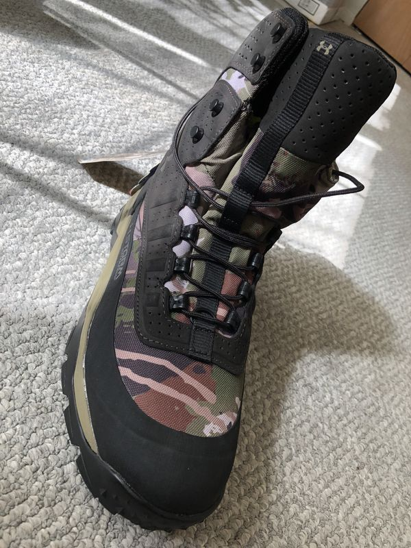 Under Amour Boots New