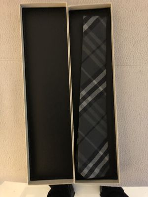 Burberry mens tie for Sale in Miami, FL