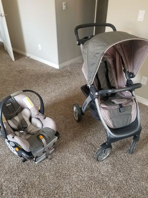 Chicco Travel System for Sale in Riverside, CA