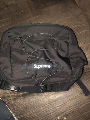 Supreme bag for Sale in Baton Rouge, LA