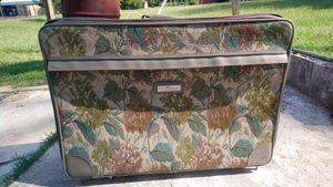 Vintage Floral suitcase on wheels for Sale in Little Rock, AR