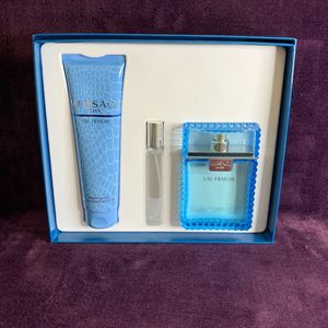 Versace Fragrance Gift Set for Sale in Dinuba, CA