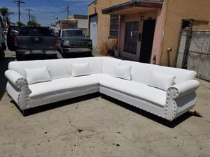 NEW 9X9FT WHITE LEATHER SECTIONAL COUCHES for Sale in Indio, CA