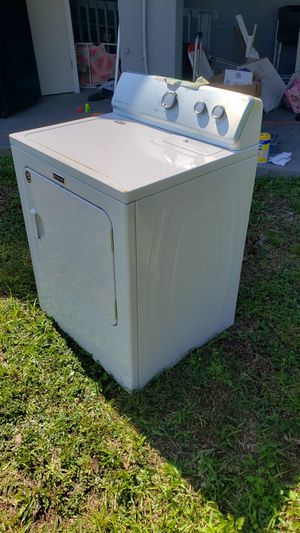 Maytag 7.0 cu. ft. 240 Volt White Electric Vented Dryer with Wrinkle Control model medc215ew1 for Sale in Cooper City, FL
