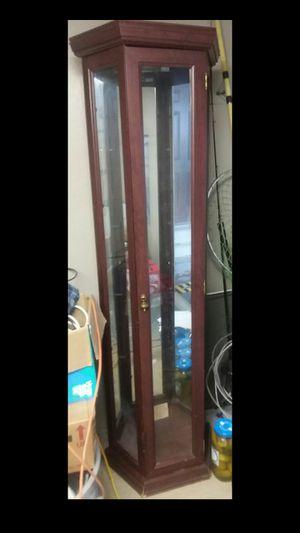 Curio cabinet for Sale in Lake Charles, LA