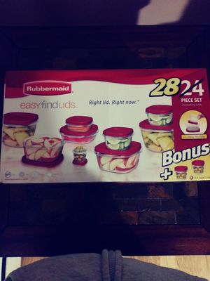 Rubbermaid set of 28 food storage containers for Sale in Philadelphia, PA