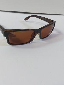 Ray-ban Sunglasses for Sale in Parkland,  WA