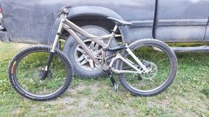 2005 Specialized Demo 8 Pro Downhill for Sale in Issaquah, WA