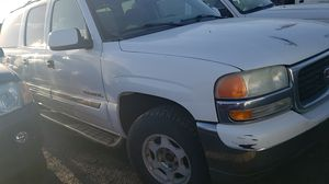 2004 GMC Yukon XL 4 by 4 parting out for Sale in Woodland, CA