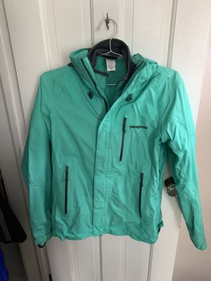 PATAGONIA JACKET WITH MATCHING FLEECE for Sale in Livonia, MI