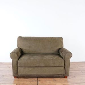 Brown Sleeper Loveseat/Sofa Bed (1025303) for Sale in South San Francisco, CA