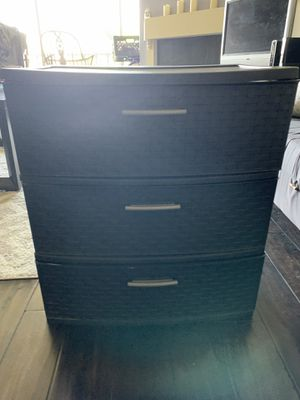 Plastic drawers large for Sale in Los Angeles, CA