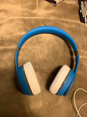 Beats solo 2 wireless for Sale in Salem, OR