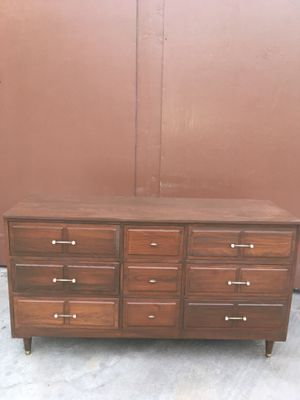 Mid century 9 drawer dresser. for Sale in Inglewood, CA