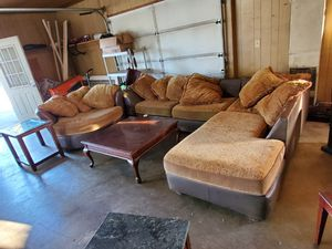 Sectional with chair for Sale in Julian, NC
