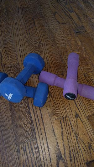 3lb and 5lb weights for Sale in Wenatchee, WA