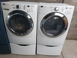 MAYTAG steam washer and dryer electric for Sale in Phoenix, AZ
