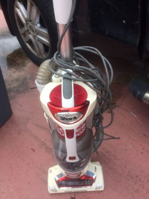 Upright vacuum for Sale in Davie, FL