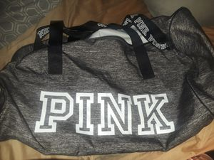 Pink duffle bag for Sale in Milwaukee, WI