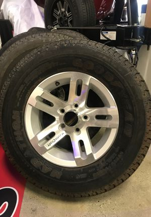 MasterCraft boat trailer wheels and tires excellent condition for Sale in Morgan Hill, CA