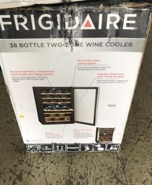 Frigidaire 38-Bottle Dual Zone Wine Cooler, new in box for Sale in Lexington, KY