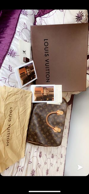 Louis Vuitton Bag Authentic for Sale in Prospect Heights, IL