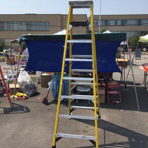Ladder Werner 8ft for Sale in Chicago, IL