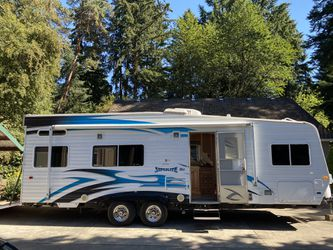 Weekend warrior super lite toy hauler for Sale in Tigard,  OR