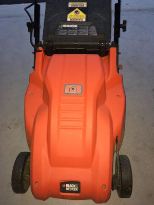 Black & Decker Lawn Mower (12Amp) Electric for Sale in Frederick, MD