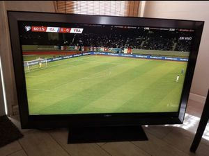 """SONY BRAVIA 52"""". (No smart) for Sale in Bell Gardens, CA"""