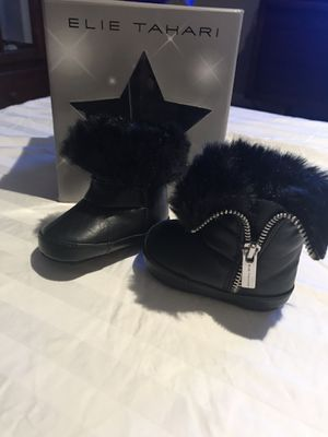 Baby girl boots for Sale in St. Louis, MO