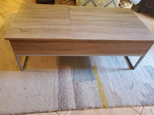 Coffee Table w/ Liftable Trays for Sale in Scottsdale, AZ