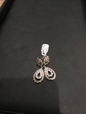 White gold dangling earrings! for Sale in Los Angeles, CA