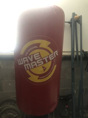 Wavemaster punching bag for Sale in Franklin, TN
