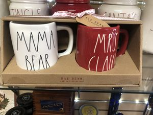 Rae Dunn Mama Bear and Mrs Claus Mugs (Progressive Set) UFT for Sale in Beverly Hills, CA