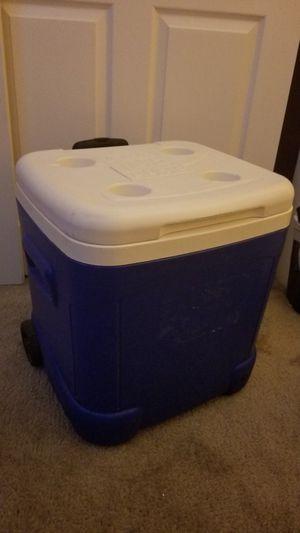 Cooler for Sale in Sacramento, CA