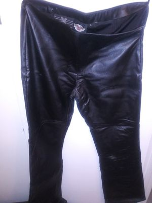 Original Harley Davidson size 6- motorcycles leather ladie' s pants for Sale in Union Park, FL
