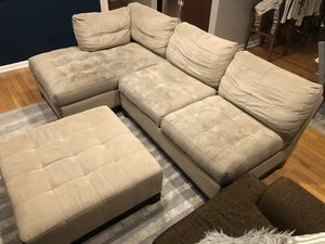 Raymour and Flanigan Cindy Crawford Metropolis Micro Fiber 3-piece Sectional Beige Couch for Sale in Hoboken, NJ
