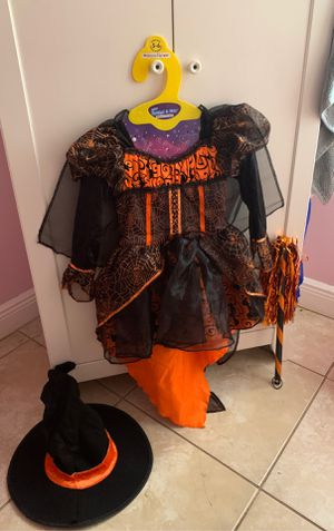Witch costume for Sale in Lehigh Acres, FL