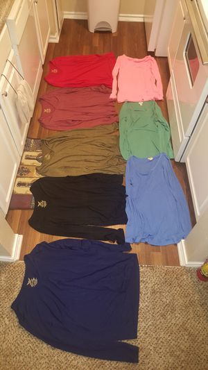 Location Dallas Tx Women's Sweater Tee's Sizes 2X Brand New There's 8 Sweater Tee's For $40 for Sale in Dallas, TX