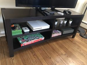 TV stand fits 65 inch for Sale in Palos Hills, IL